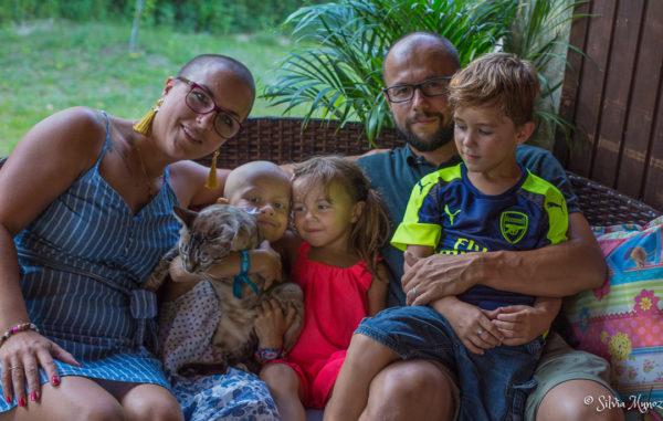 Famille naïa enfant atteint de cancer